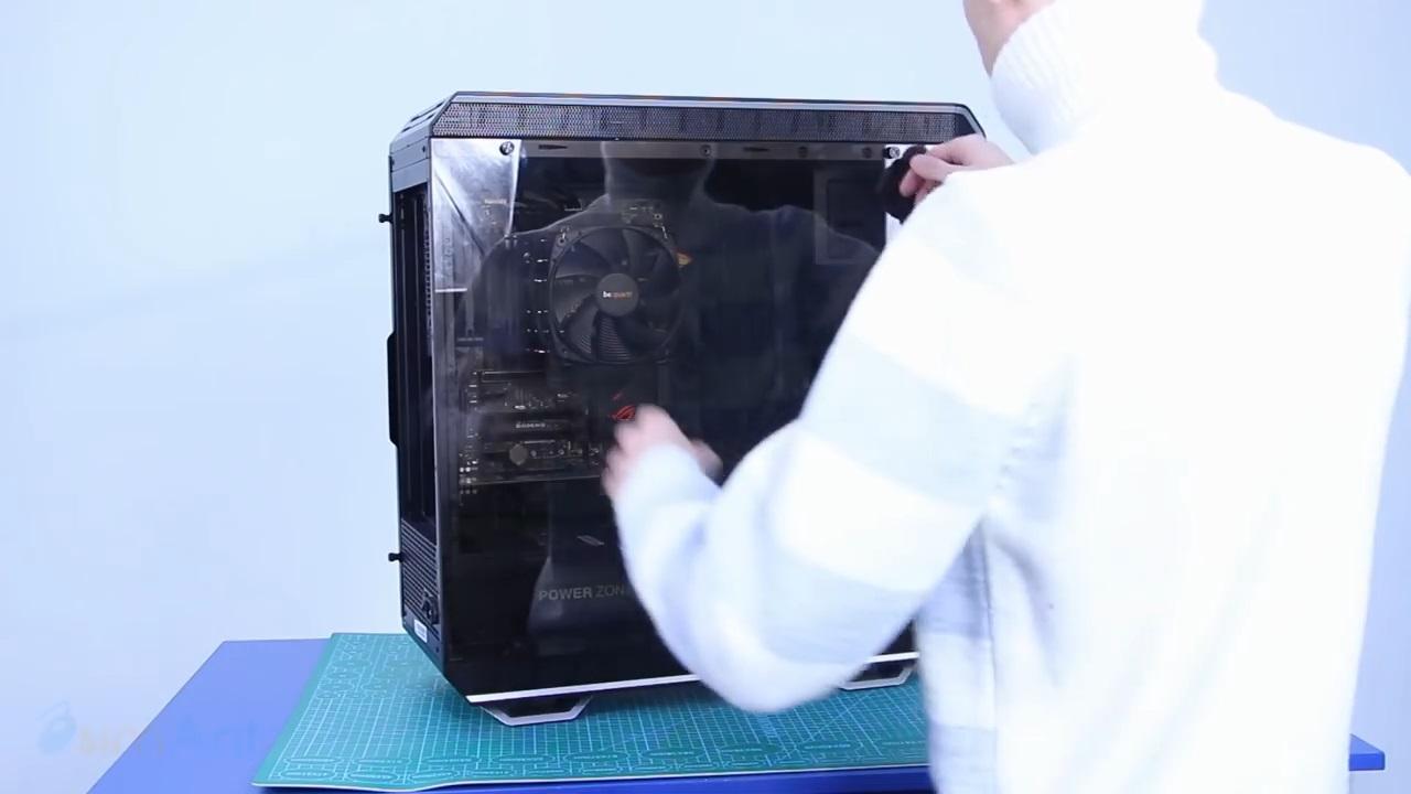 Игровой ПК с водяным охлаждением на акриловых трубках