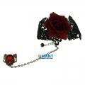 кружевной браслет с красной розой и кольцом